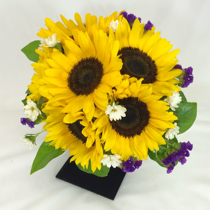 Sunflower Bridal Bouquet with Monte Casino