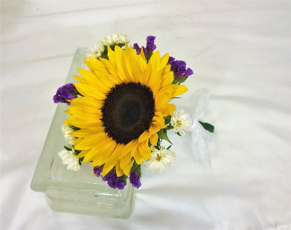 Single Sunflower Throw Bouquet