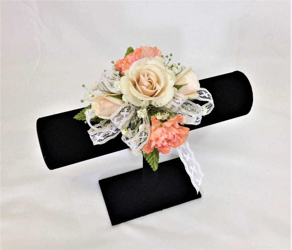 Cream Rose & Peach Mini Carnation Corsage