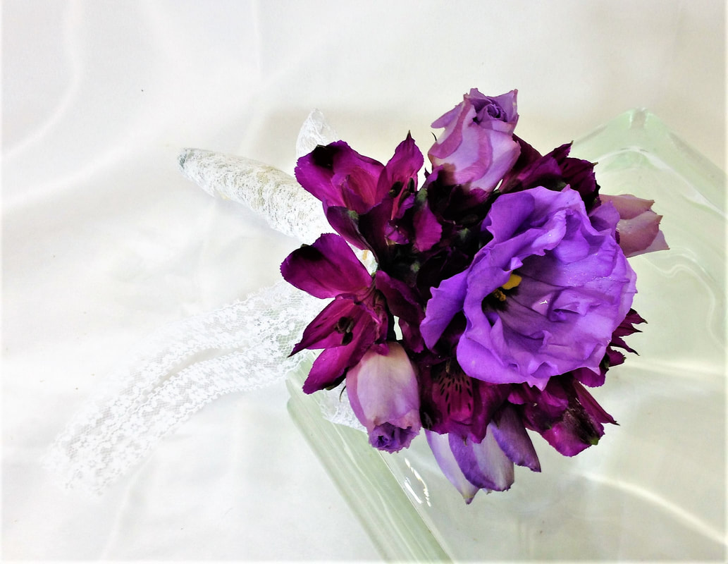 Purple Throw Bouquet