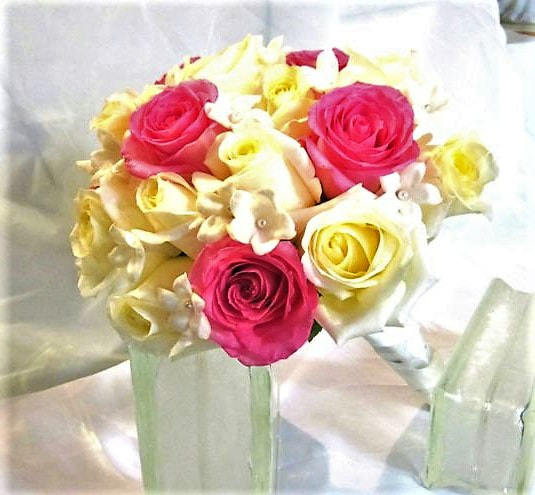 Pink & White Rose & stephanotis nosegay