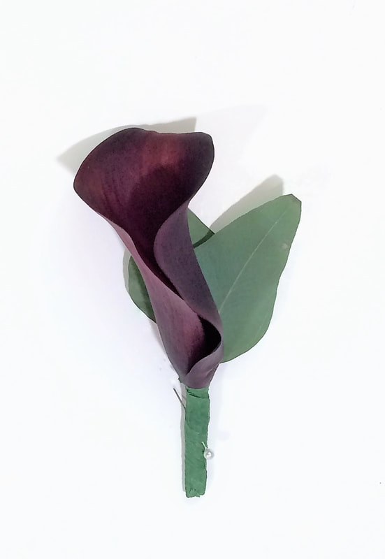 Burgundy Mini Calla Bout