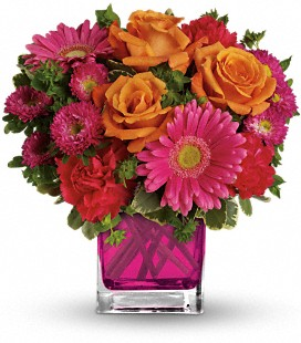 Teleflora's Turn Up The Pink - Standard