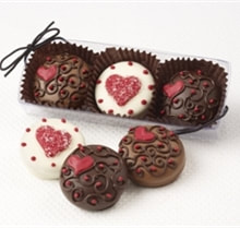 Valentine's Day Chocolate Covered Oreos